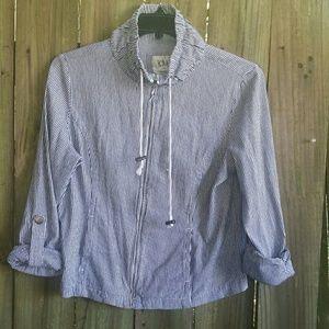Zip up crop Jacket, size L